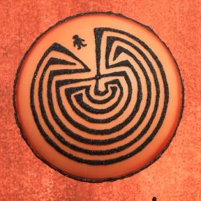 labyrinth05